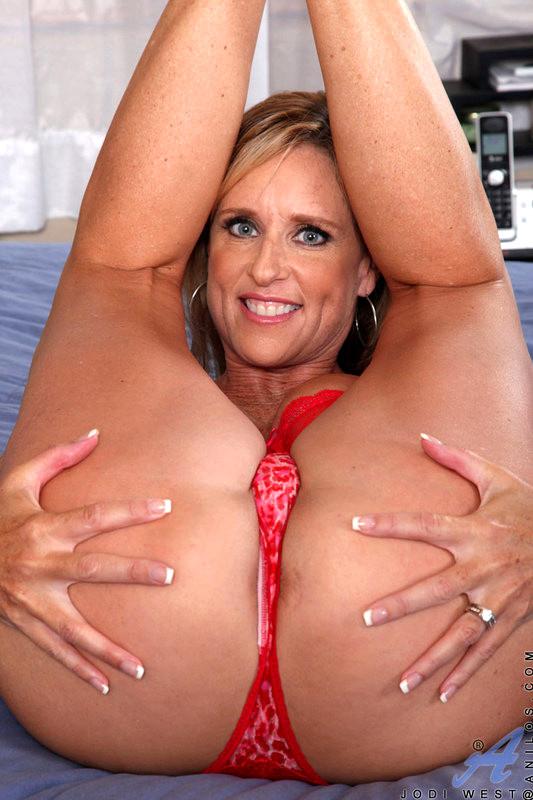 Jodi west tube