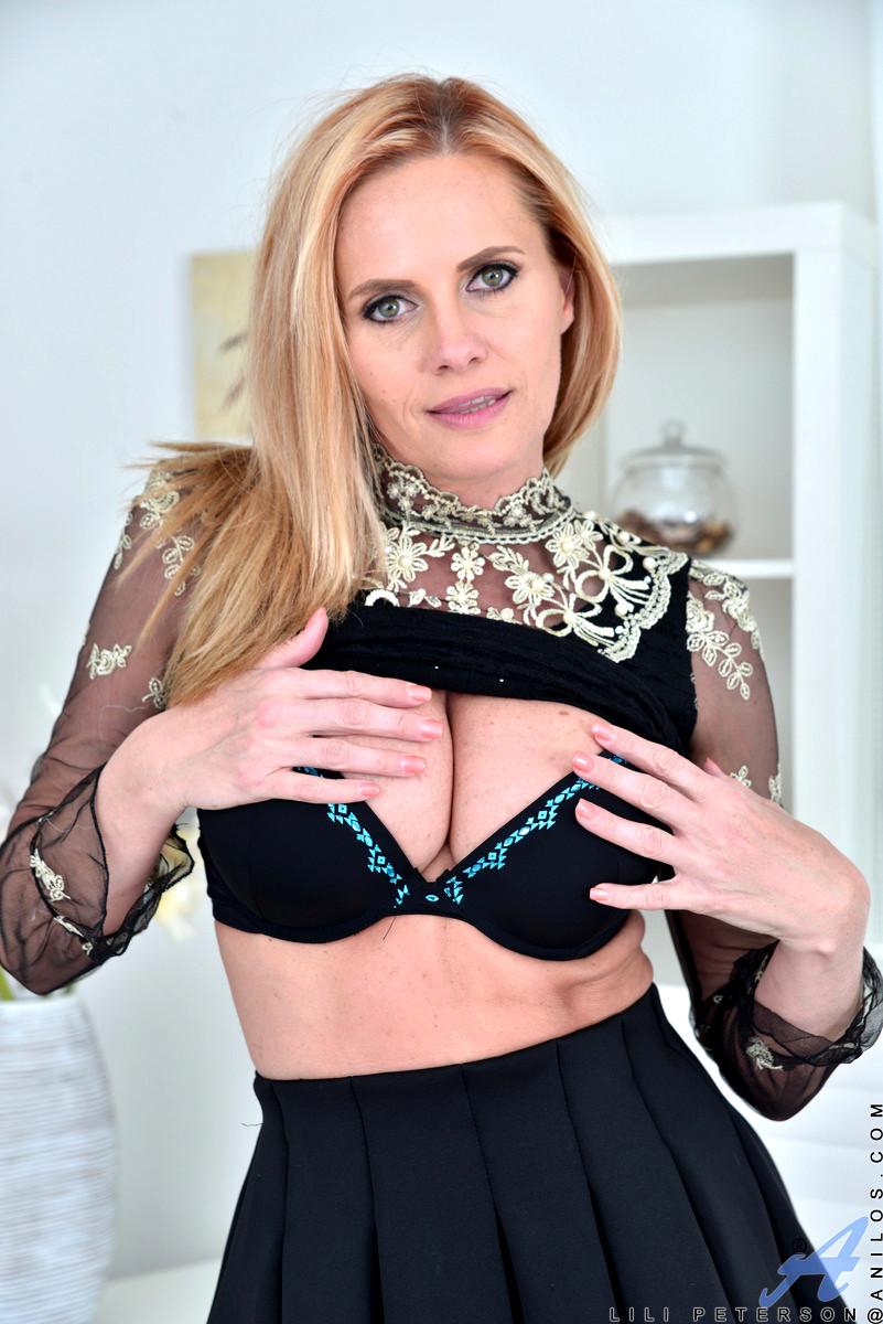 Babe Today Anilos Lili Peterson Attractive Czech Porno -8992