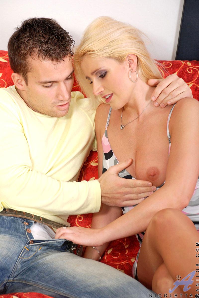 Nicometta Blue Porn babe today anilos nicoletta blue top suggested hardcore free