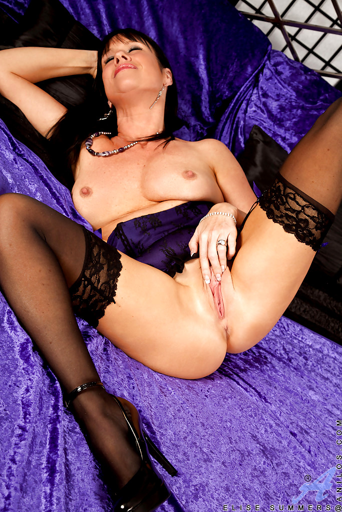 Babe Today Anilos Mature Women Elise Summers Completely -7304