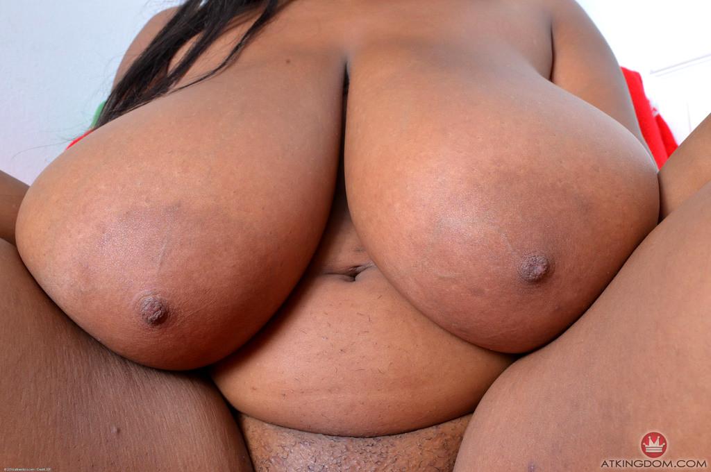 Ebony Huge Boobs Porn
