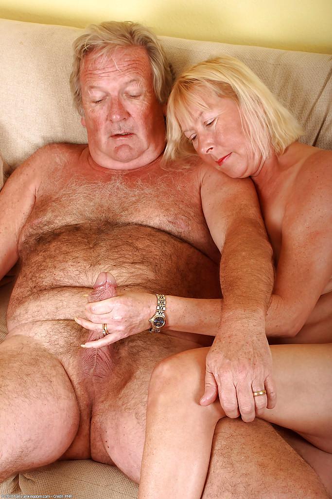 mobile porn amateur tits pics