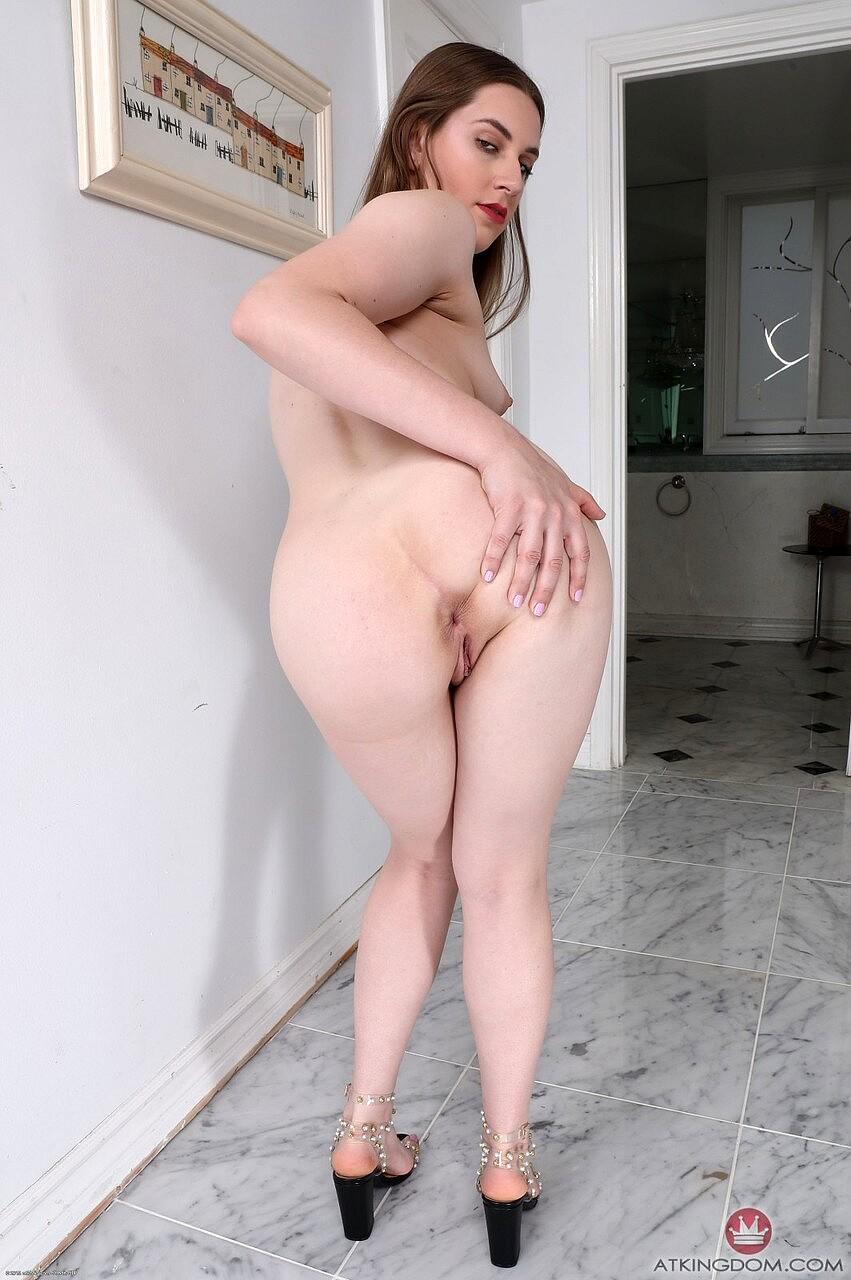 Amateur Nude Anal