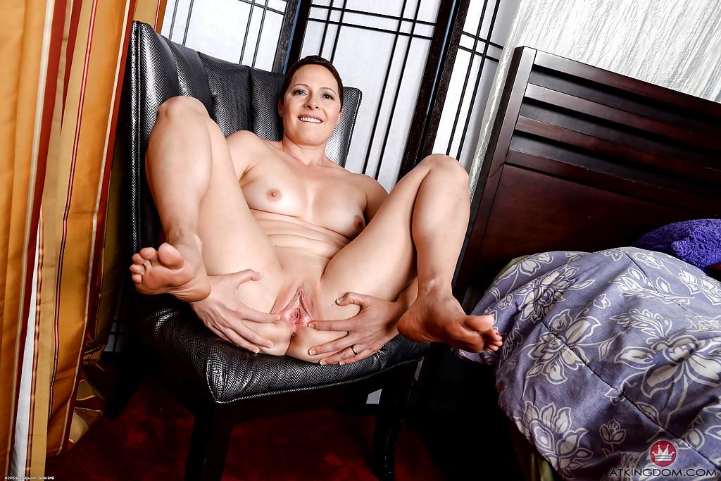 Deg anal pics high