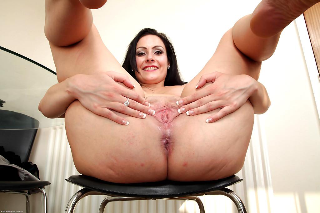 Astounding Milf Step Mom Show Sexy Lingerie Off Porn Pics
