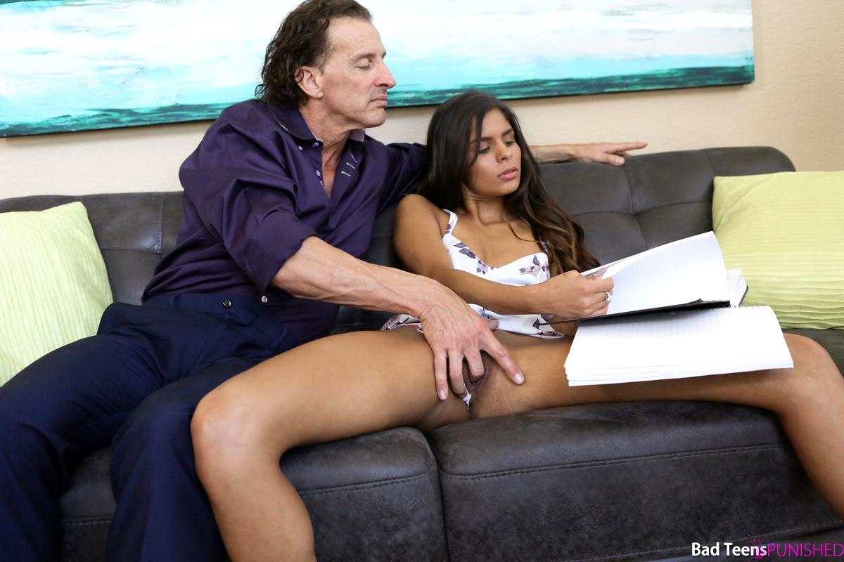 Babe dag Bad Teenagere straffet Katya Rodriguez marts Big Cock Porno Mobi Mobile Porn Pics-6617