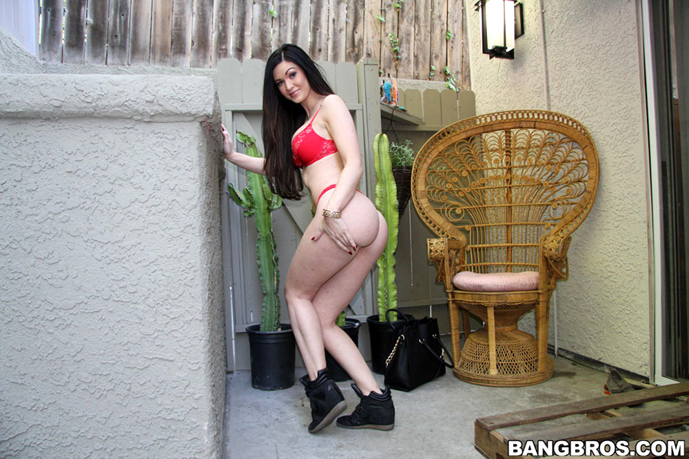 bravoerotica cute girls naked
