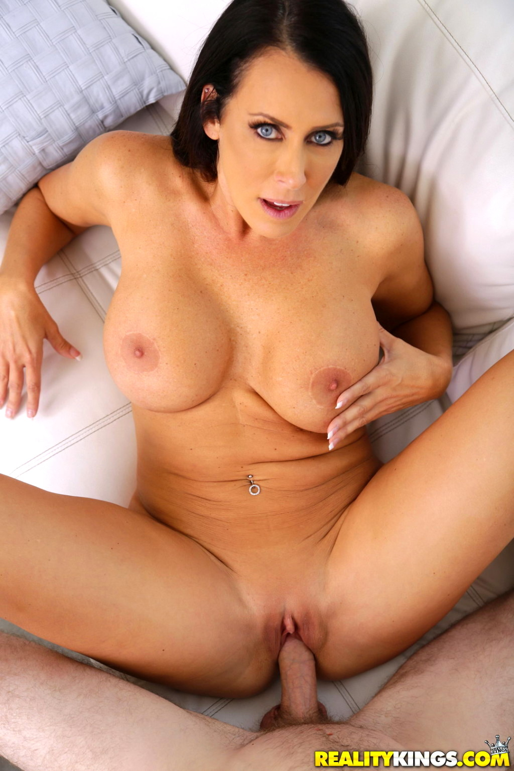 Big tittie milfs
