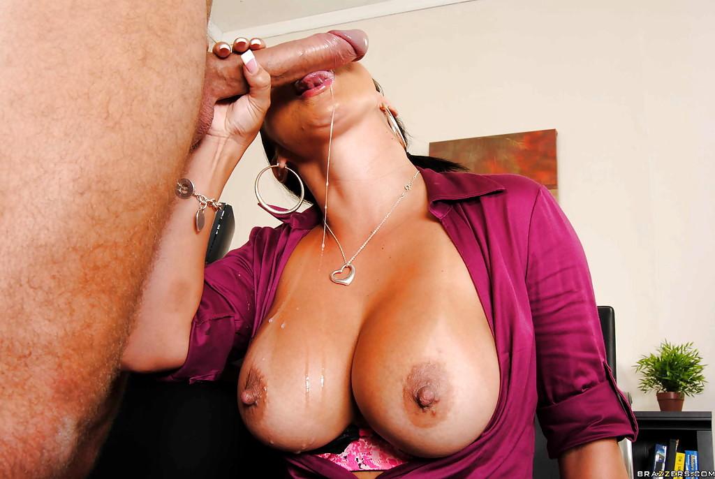 Babe i dag Store bryster på arbejde Mariah Milano Winter Titjob-8956
