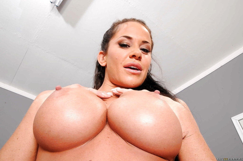 breast of girls naked size