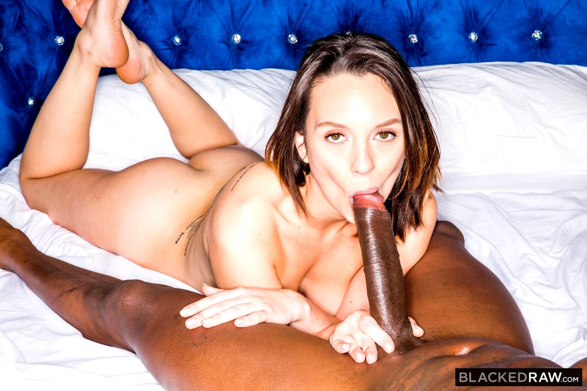 Kyra hot steaming hot boobies - 1 10