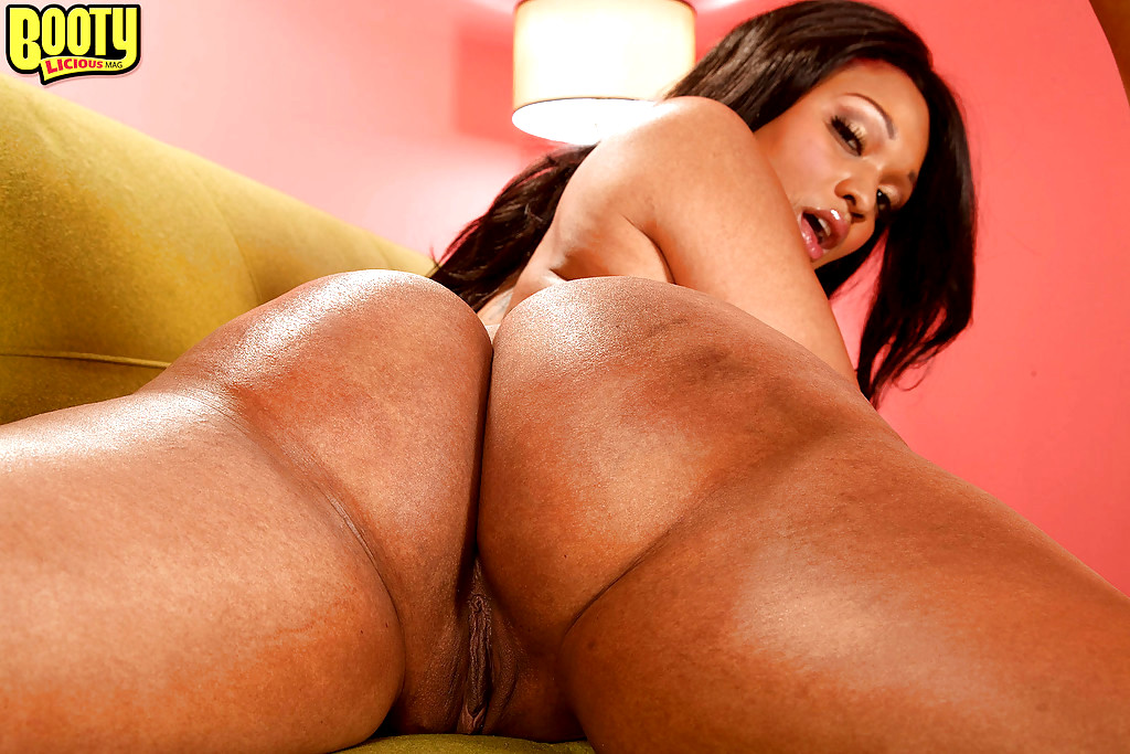 Bootylicious babe jayden jaymes craving for big cock and a facial