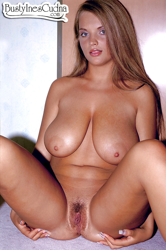 Girls naked sex small boobs