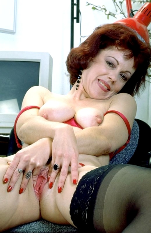 Nude arab women busty girls