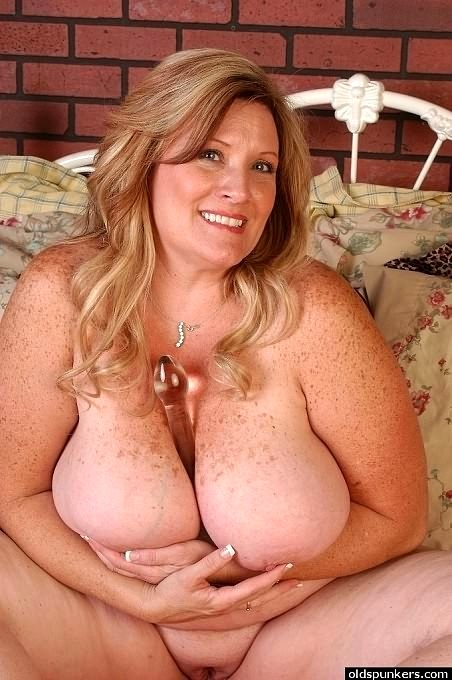 hot girls wih big tits