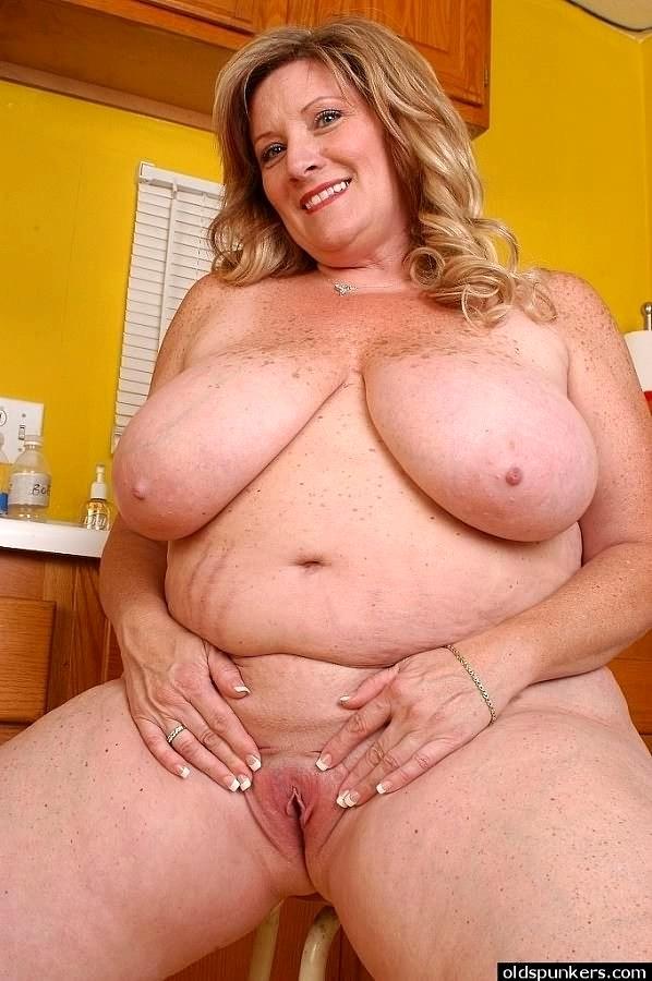 Giant Tits Porno