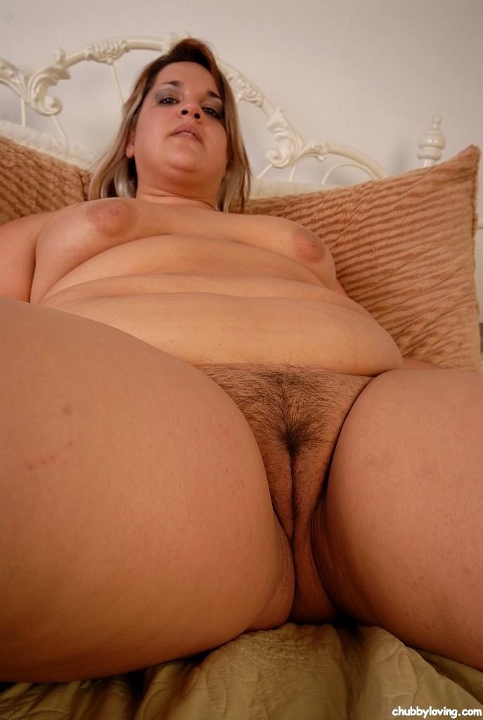 loving nude girls photos