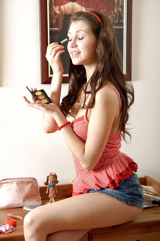innocent nude japanese girls
