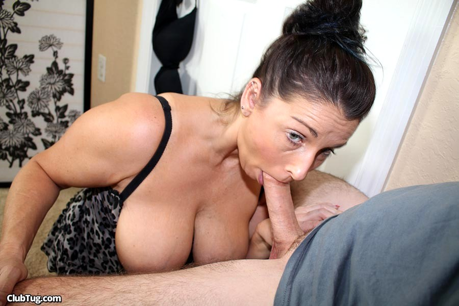 Mature women cock eaters