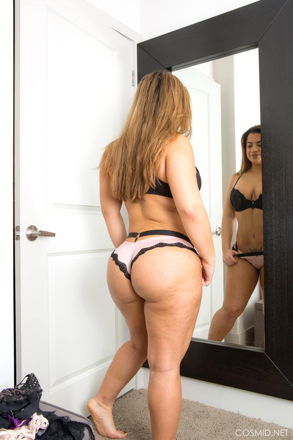 Babe Today Cosmid Lisa Martiz Crazy Busty Post Porn Pics-2965