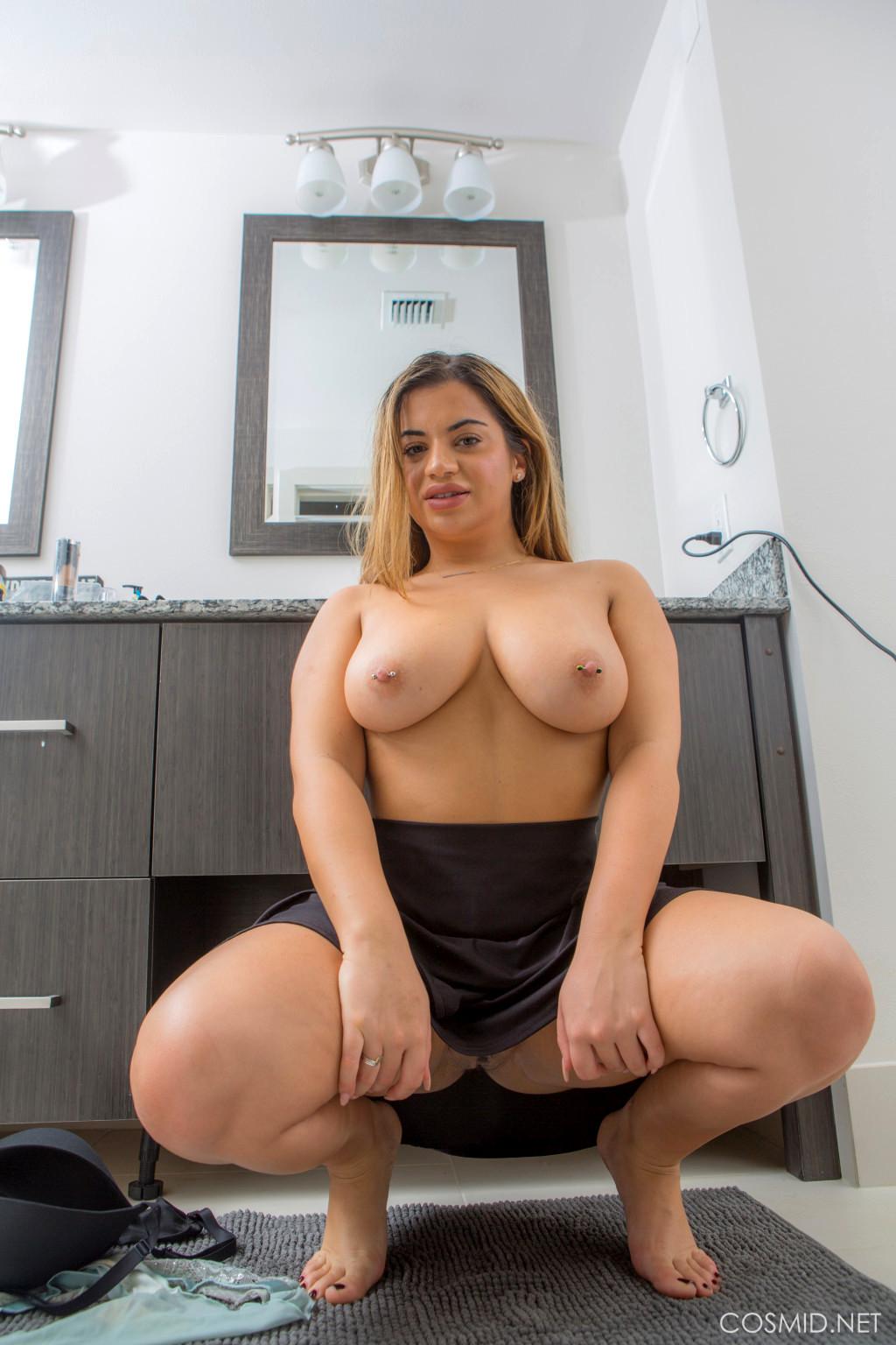 Babe Today Cosmid Lisa Martiz Instance Chubby Nudity -2460