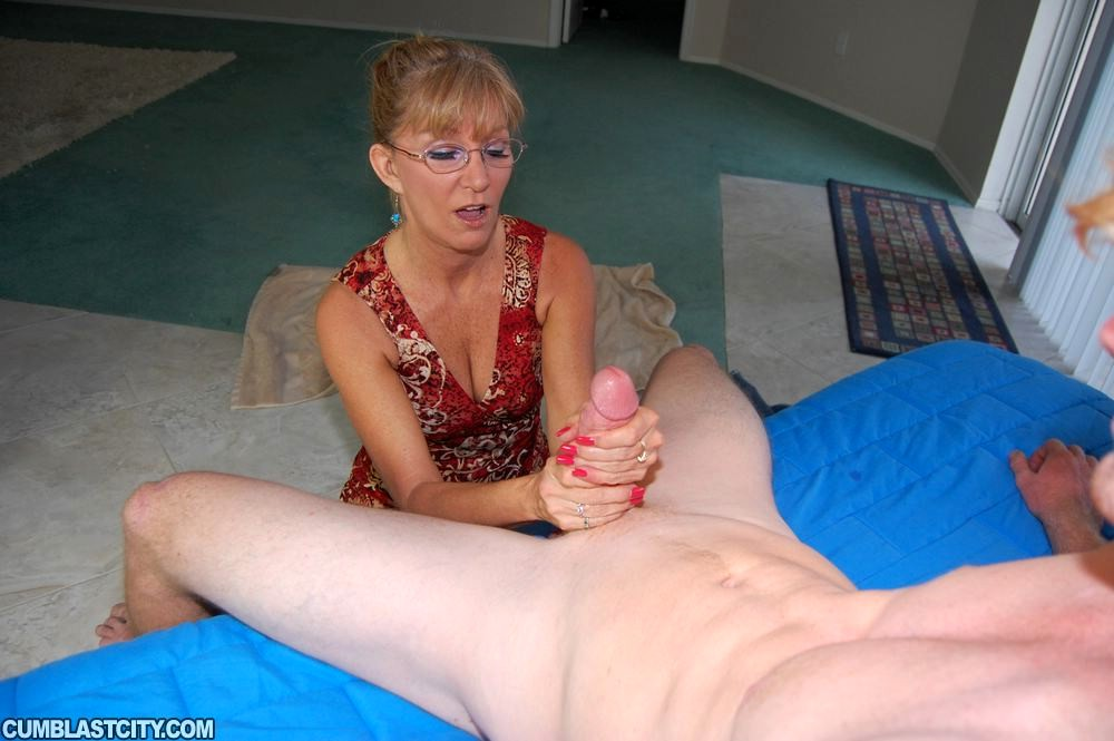 Mature blow job and boy