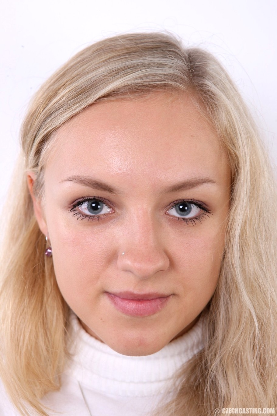 Married milf mona wales innocent girl turned slut - 3 part 4