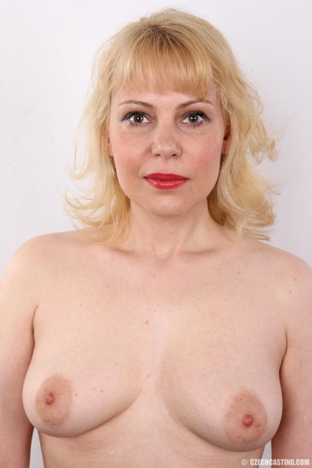 Ilona Porn