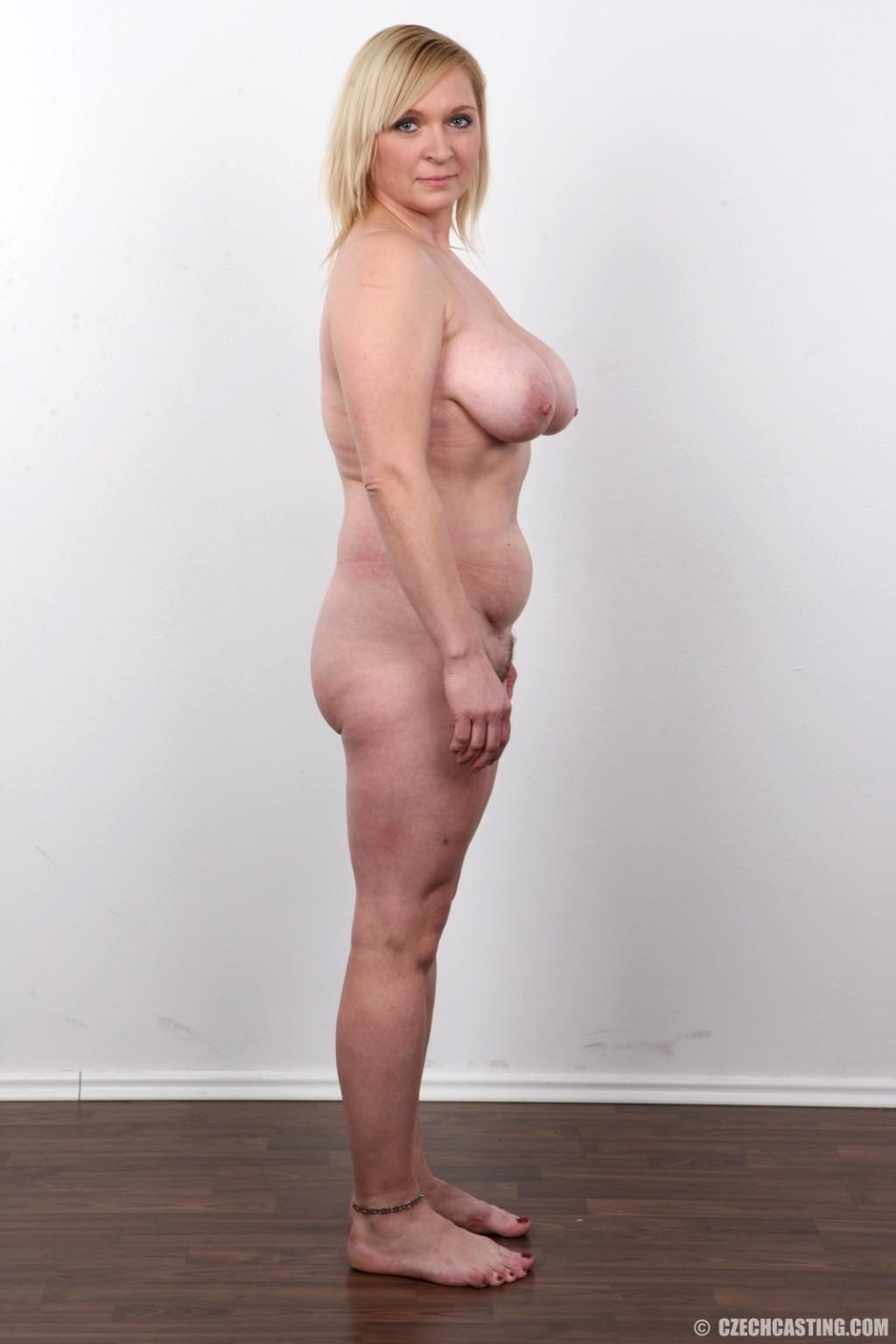 Manon mathews nude
