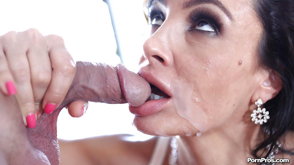 Lisa ann deepthroat