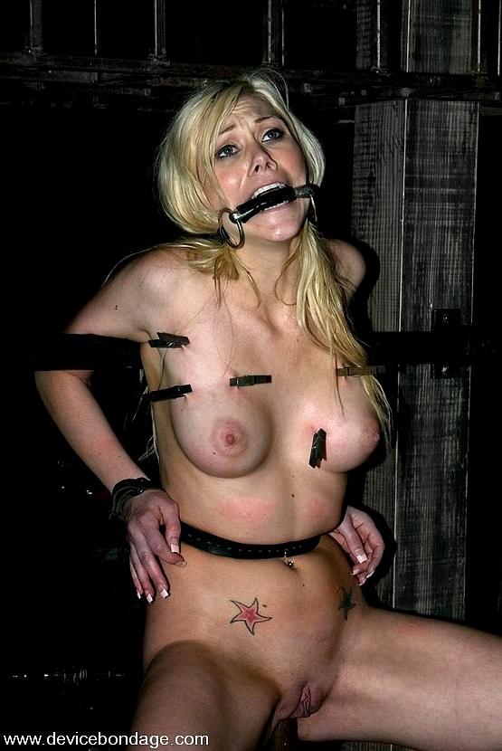 Samantha sin bondage