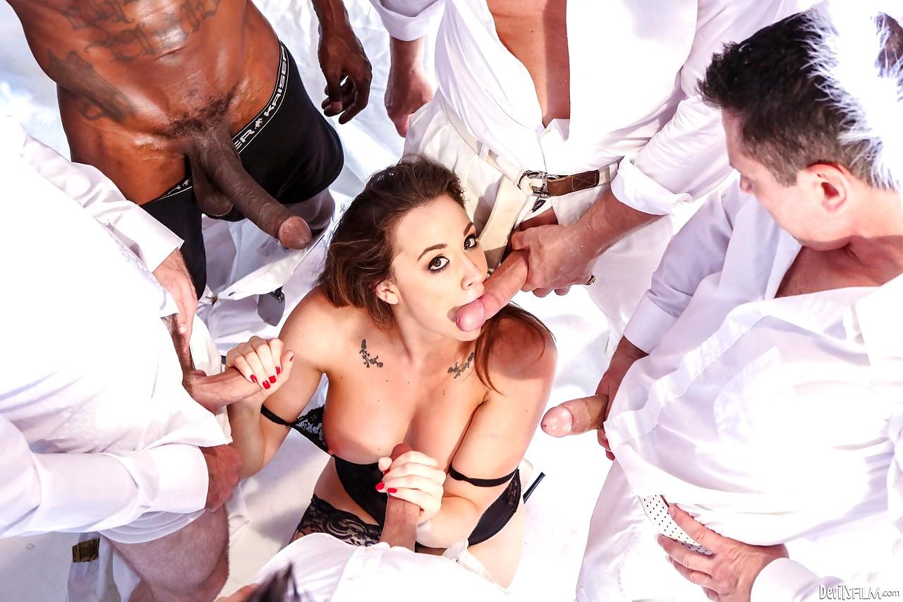 Ametuer bondage spankings