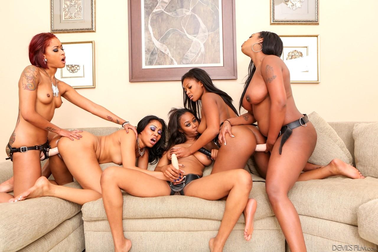 Ebony lesbian orgys-9836