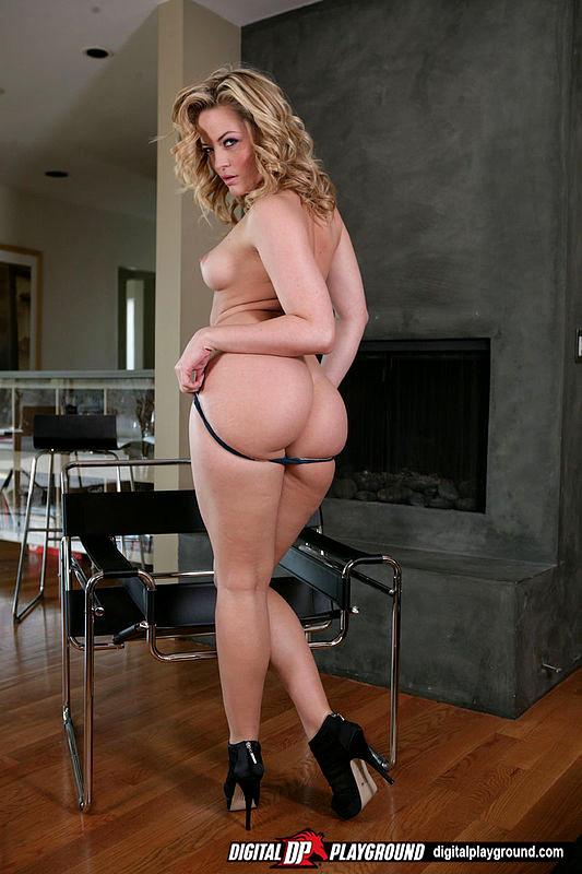 Big booty anal sluts