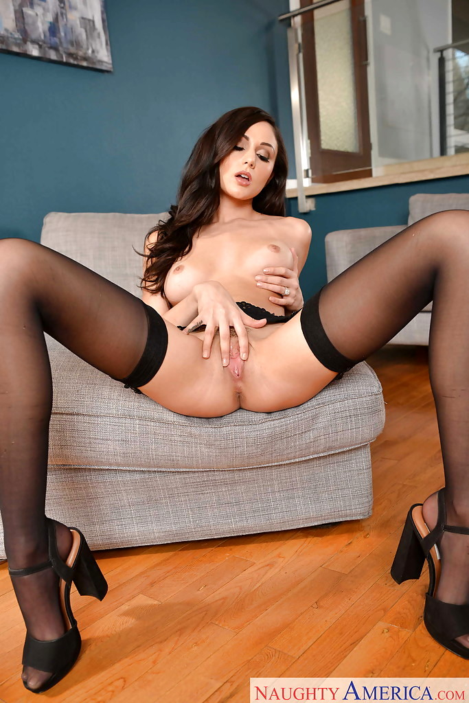 Hot texas wife the beginning of a nice meeting - 3 part 3