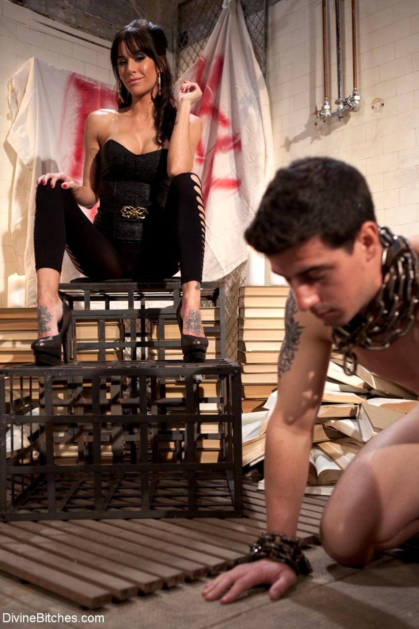 Divine Bitches Maitresse Madeline Marlowe Tyler Alexander Shady Femdom Clubmobi Sex HQ Pics