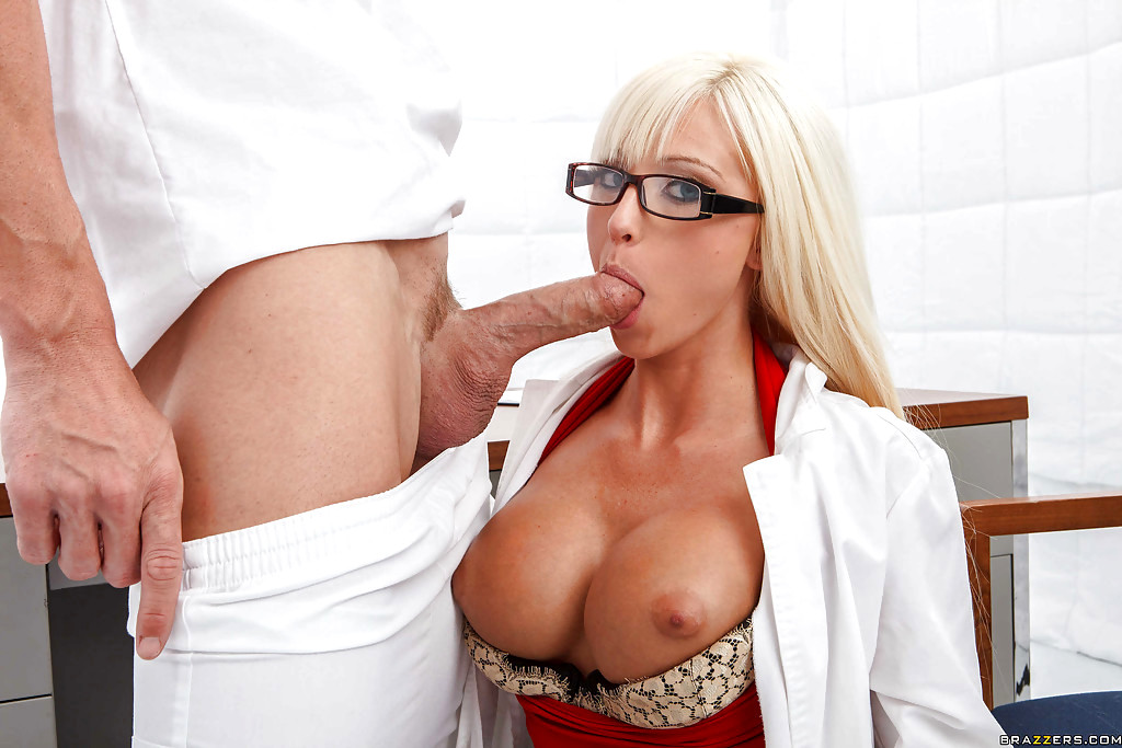 Babe Today Doctor Adventures Rikki Six Tuesday Kissing-1883