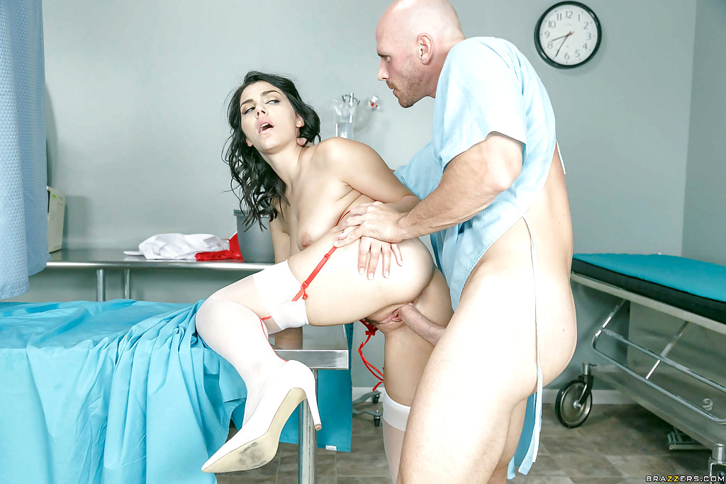 Babe Today Doctor Adventures Valentina Nappi Enhanced -1701