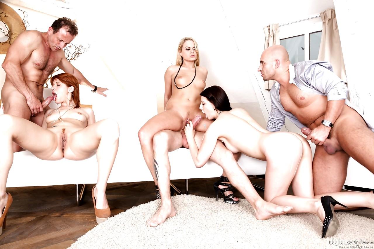 Порно Группа Отель