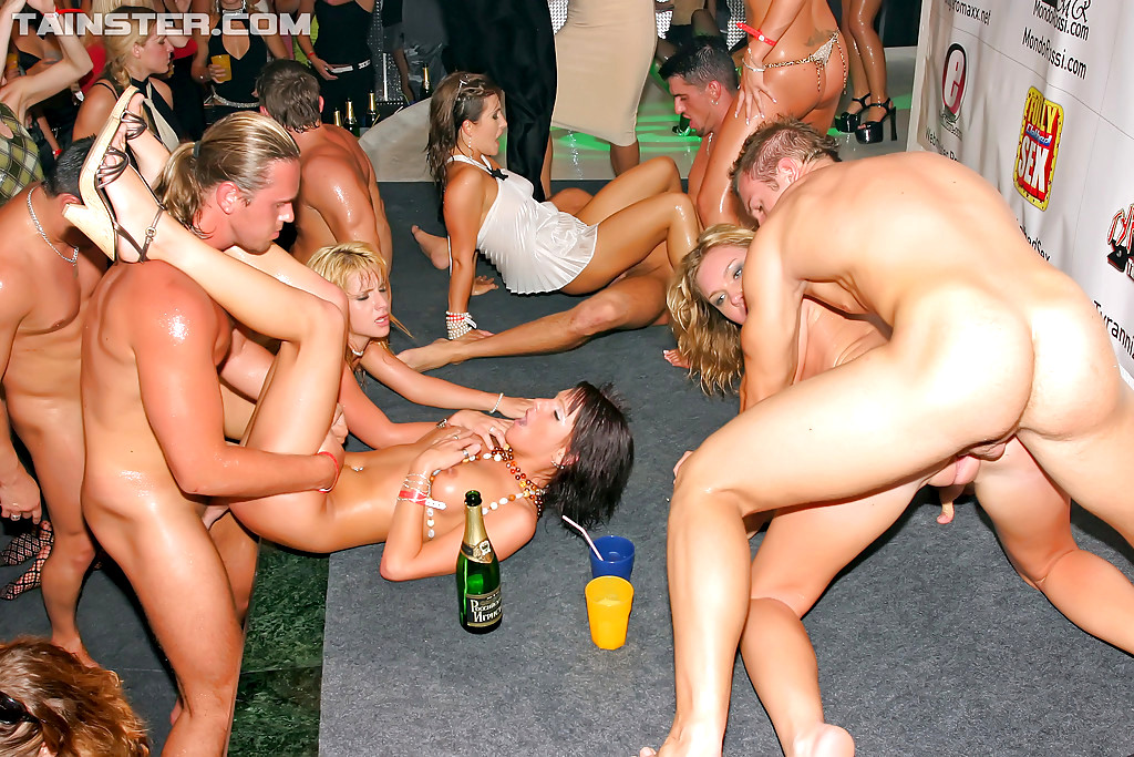 drunk-group-orgy
