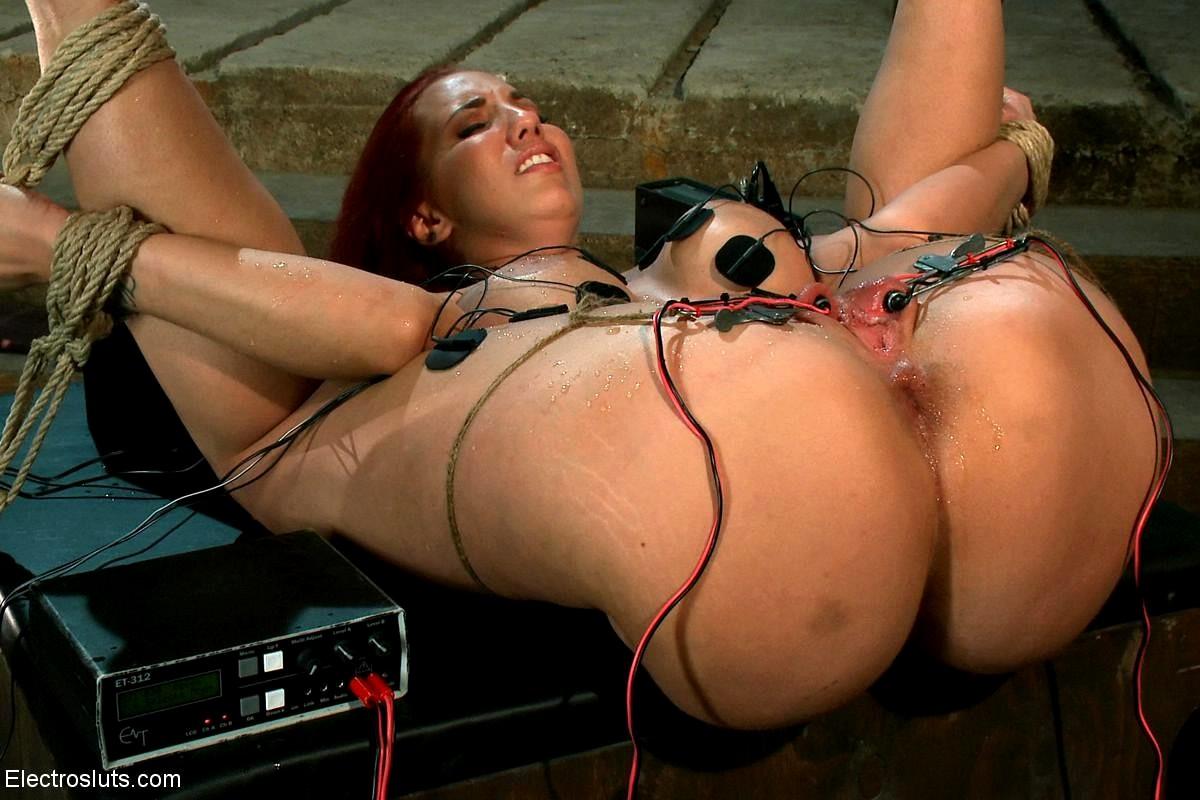 Kelly divine lesbian porn-4208
