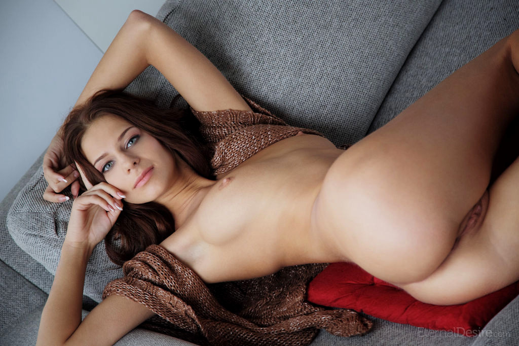 Lindsey lohan metart xxx pussy holes nude