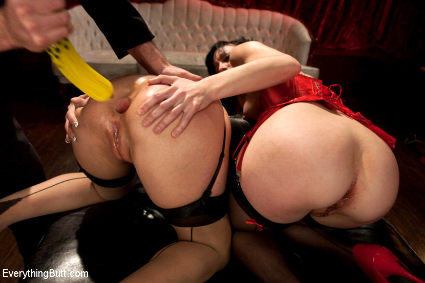 3some with mey and argentina - 1 7