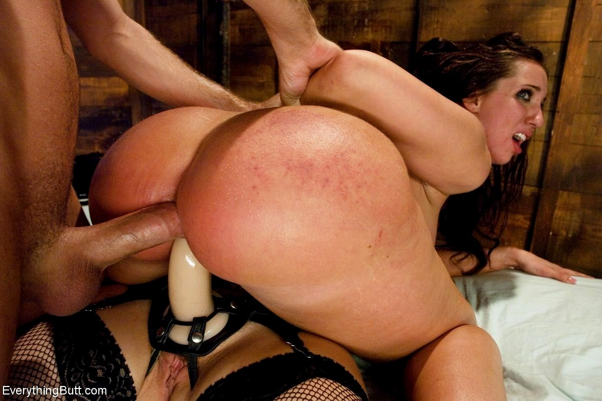 Sybian, brutal skull fucking turns kelly devine into a non