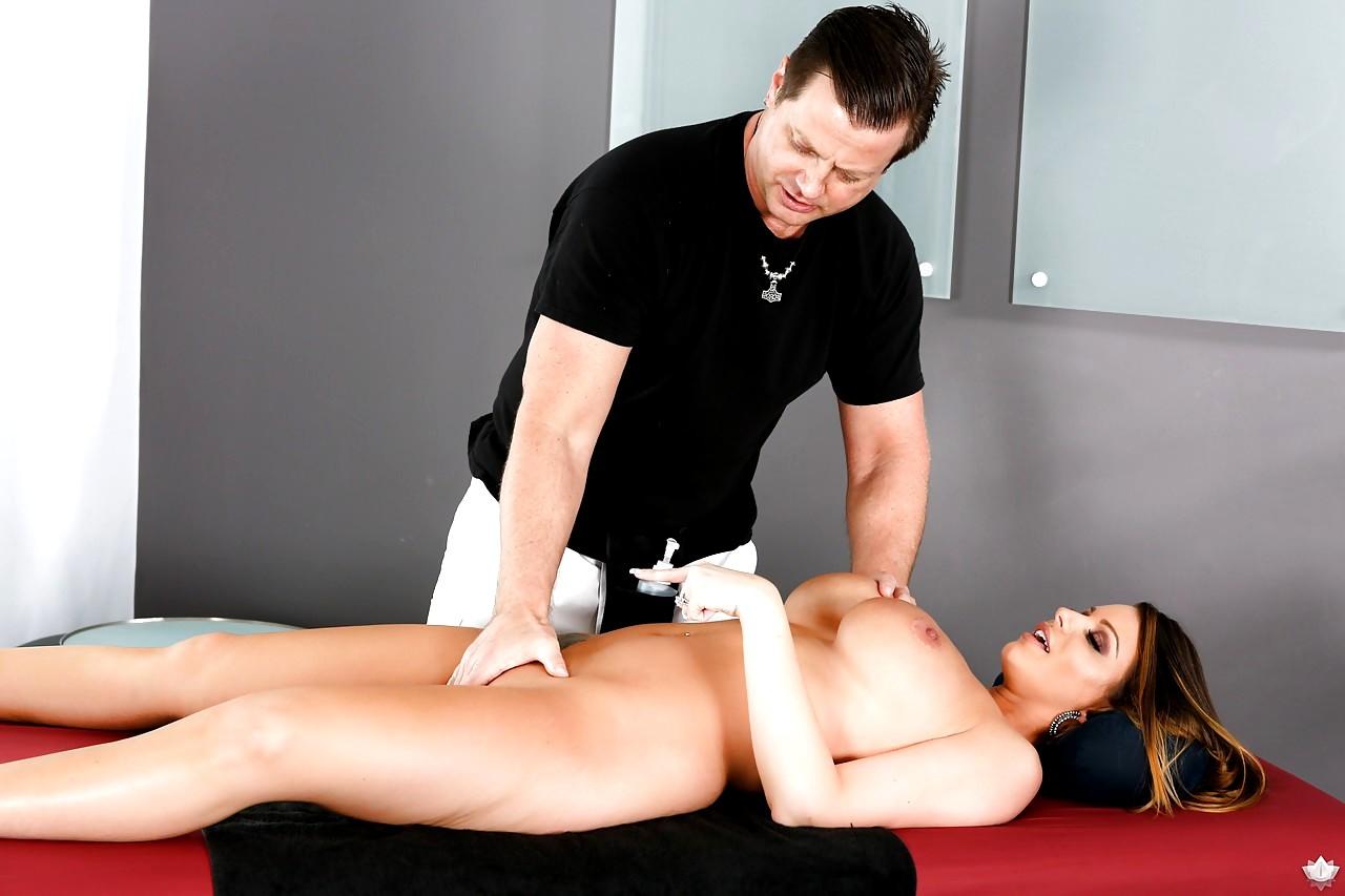 Brooklyn Chase Massage