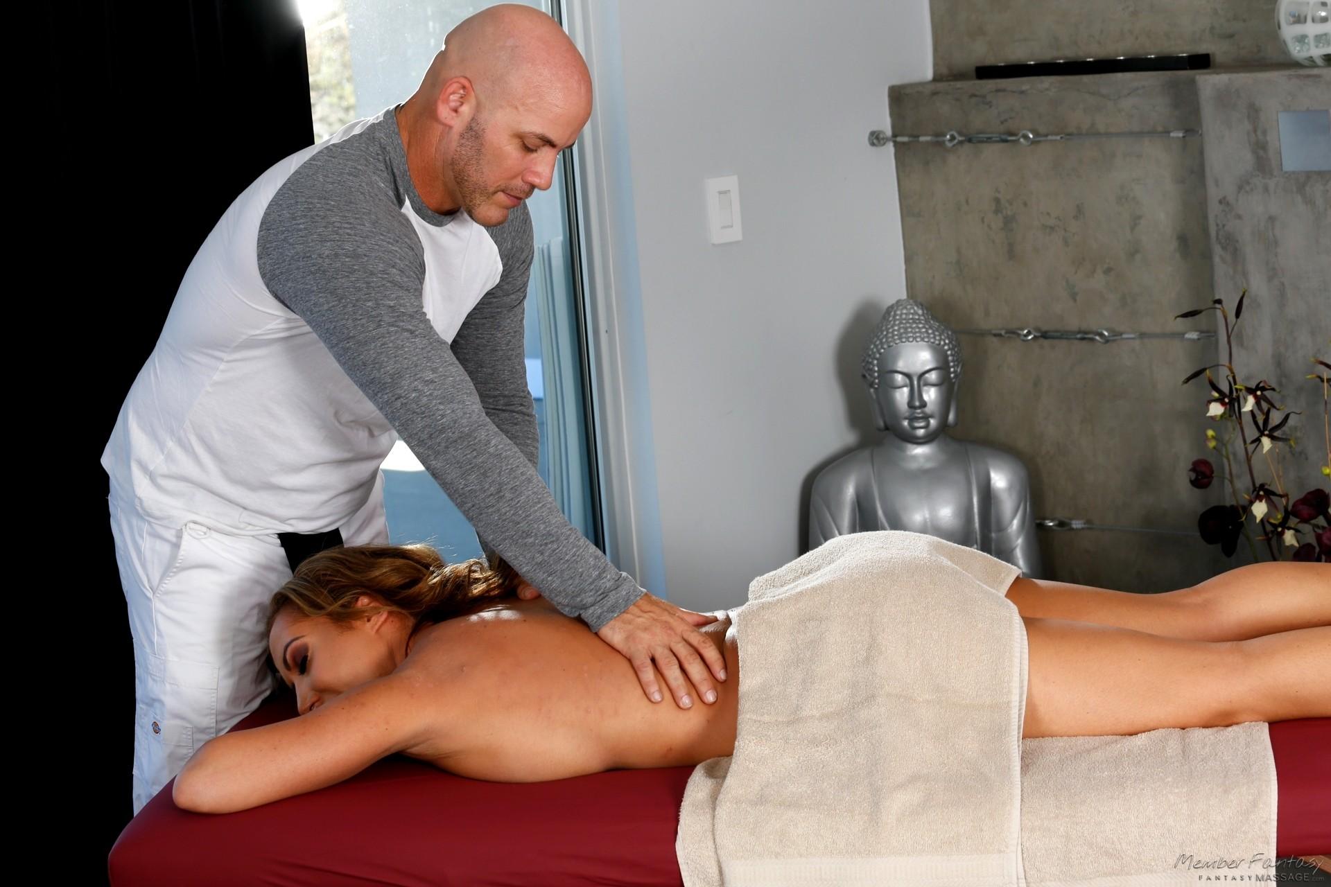 richelle ryan massage