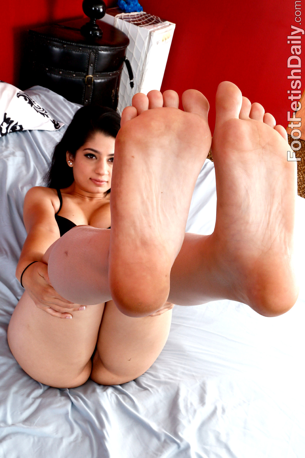 Babe Today Foot Fetish Daily Nadia Ali Rated X Feet Area -5004