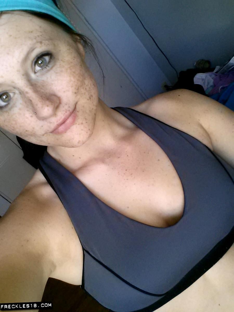 Girls Taking Selfies Naked