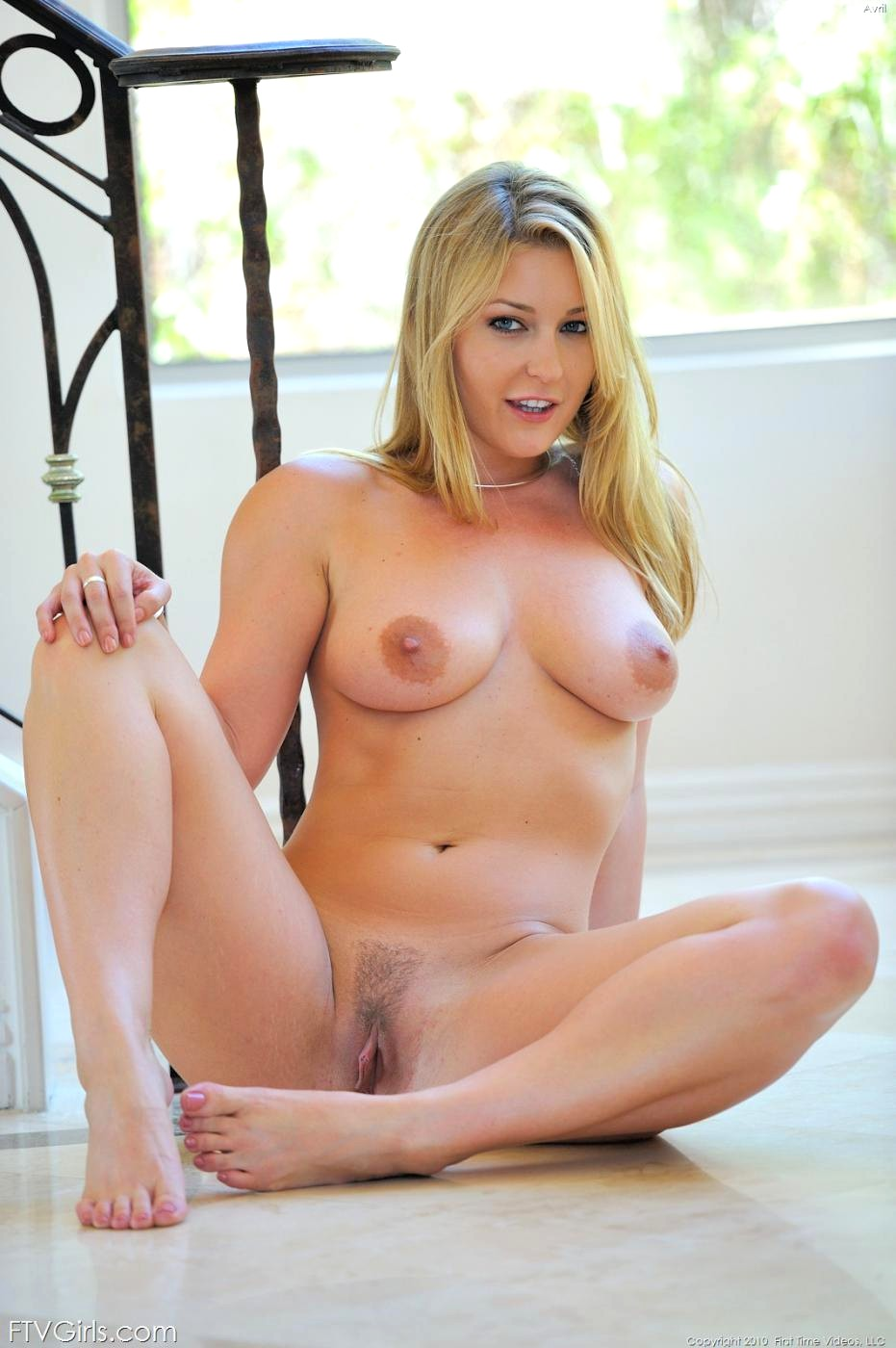 Blonde avy scott teases her man before getting creampied 1