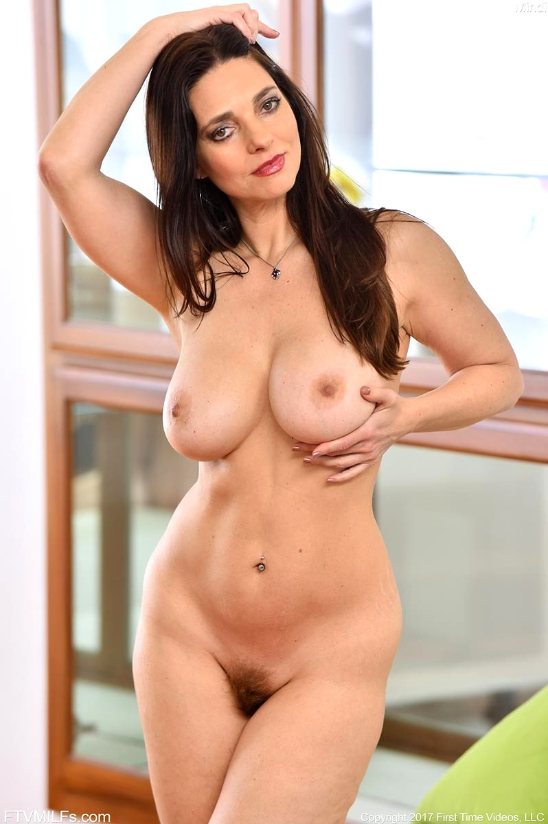 Big tits hourglass